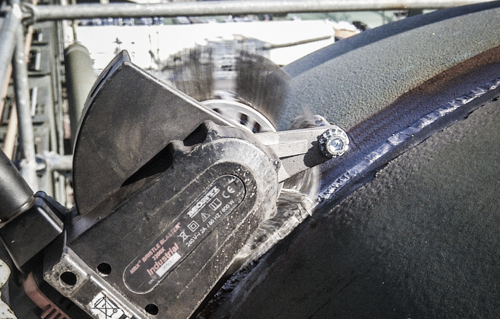 bristle blaster surface preparation tool for petrochemical and refineries