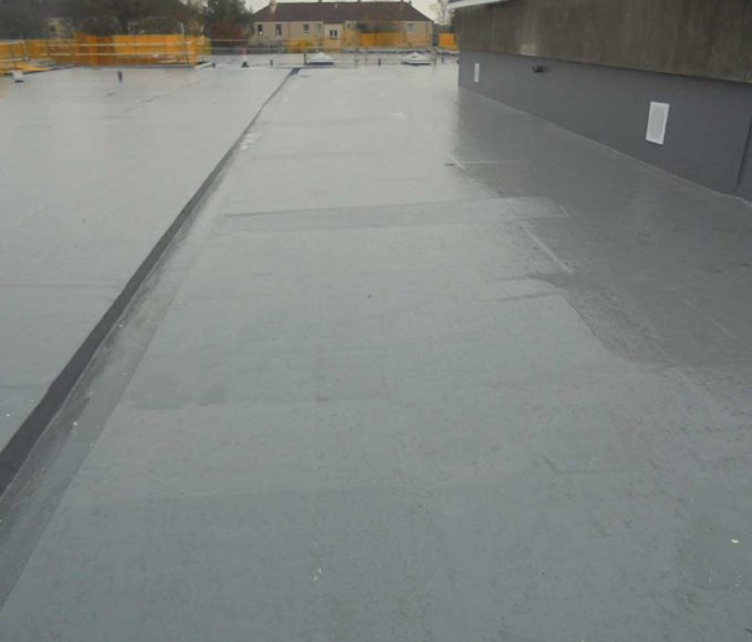 Polyurethane Odorless Liquid waterproofing for car parks, metal cladding and roofs